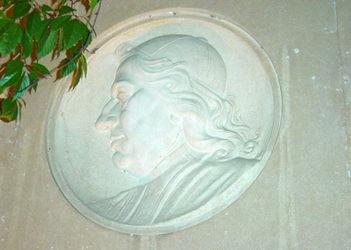 1778: L'abbé Marsonnat